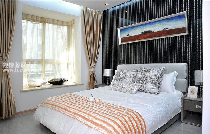 最新臥室飄窗窗簾效果圖片