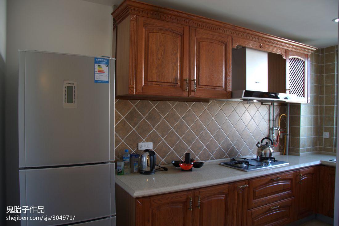 单间套房厨房装修效果图 许多人认为厨房仅仅作为一个煮食场地,并没